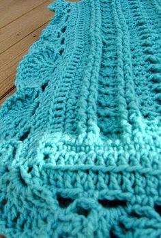 Maybe Matilda: Crochet Baby Blanket :: Stripes and Zig Zags