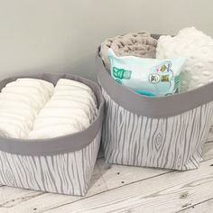 Our Woodgrain baskets are handmade to order and will add the perfect finishing touch to your woodland themed nursery. Available in nine colours with a range of lining colours. Sizes: Pair with fold over tops (20x20x15cm and 20x20x22cm approx)Lining options: grey, white, mustard, mint, lemon, cream, navy, baby pink, baby blue. Please specify your choice in the notes box at checkout. PLEASE NOTE ALL ITEMS ARE HANDMADE TO ORDER PLEASE ALLOW APPROX 6-8 WEEKS FROM ORDER TO DESPATCH.