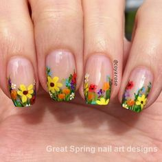 Floral are elements often used in nail art design. For example: flowers, leaves, grass, these can be used in nail design. Floral nail art designs gives a vibrant feeling. This nail design is used most in spring, but it can also be used in summer. Easter Nail Designs, Flower Nail Designs, Nail Art Designs, Spring Nail Art, Spring Nails, Summer Nails, Stylish Nails, Trendy Nails, Love Nails