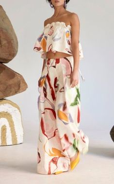 Multicolor Print Crop Top with matching Wide Leg Pants by Cult Gaia Resort 2019 Haute Couture Looks, Casual Dresses, Fashion Dresses, Fashion Prints, Fashion Design, Colorful Fashion, Chic Outfits, Style Inspiration, My Style