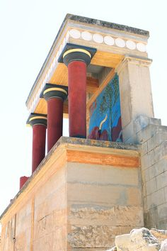 A view of the North Entrance of Knossos, the ancient Minoan palace on Crete that was excavated and partly reconstructed by Sir Arthur Evans in the first half of the Century . Greece Art, Crete Greece, Greek History, Ancient History, Ancient Architecture, Art And Architecture, Minoan Art, Bronze Age Civilization, Mycenaean