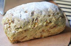 Nuss-Gemüse-Brot