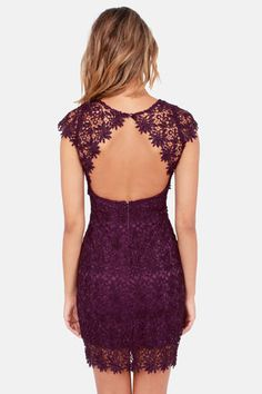 Okay, I'd have to make a few adjustments for the sake of coverage but I just love the lace shoulders and open back concept of this dress.