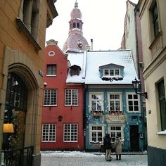 Comparateur de voyages http://www.hotels-live.com : Wandering the colorful streets of Old Riga.  by ferretingoutthefun https://www.instagram.com/p/BAO4CgoMWsj/ #Flickr via https://instagram.com/hotelspaschers via Hotels-live.com https://www.facebook.com/125048940862168/photos/a.1069203666446686.1073741901.125048940862168/1081500075217045/?type=3 #Tumblr #Hotels-live.com
