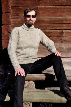 Men Sweater, Sweaters, Fashion, Outfits, Moda, Fashion Styles, Men's Knits, Sweater, Fashion Illustrations