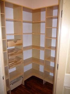 Triangle walk in with pull out drawer boxes