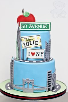 Big Apple NYC cake by Dream Day Cakes Would really like to try and recreate this as the cake I use