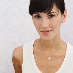 Gewinnt ein traumhaftes Schmuckset von Eva Strepp:  http://www.weddingstyle.de/hochzeitsschmuck-eva-strepp/?utm_campaign=coschedule&utm_source=pinterest&utm_medium=weddingstyle&utm_content=Gewinnt%20zauberhaften%20Hochzeitsschmuck