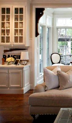 Get the Farmhouse look with 10 easy ideas from Vintage American Home