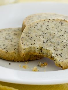 Vegetarian-  Low FODMAP Recipe and Gluten Free Recipe - Orange and poppyseed cookies