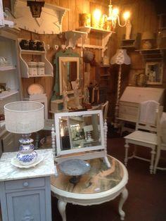 Brocante meubels en woonaccessoires  by DBM. Shop in shop bosrand brocante Soest