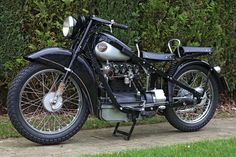 Nimbus from 1935. I really dig this double seats, but separated. Looks like it would be some crazy bumpy ride