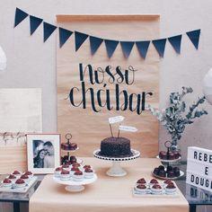 Rustic Birthday Parties, Diy Birthday, Bachelorette Decorations, Wedding Decorations, Birthday Room Decorations, Kitchen Shower Decorations, Cha Bar, Happy New Home, Bride Shower