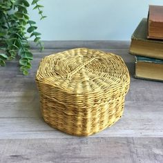 Vintage Sea Grass Basket - Small Storage Box - Lidded Basket - Trinket Basket - Catch All - Keepsake