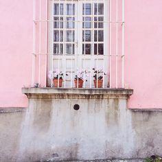 This Mexican pink facade