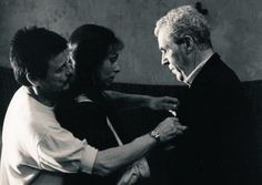 Andréi Tarkovski, Guðrún Gísladóttir y Erland Josephson preparando una escena de 'The Sacrifice' ('Offret', 1986).