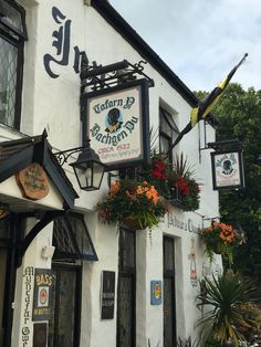 Wales - Pub