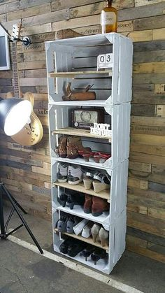 Home Decor Spectacular Diy Shoe Storage Ideas For Best Home Organization To Try Ultimate Closet Wooden Crates, Wood Pallets, Wood Crate Shelves, Pallet Wood, Pallet Ideas, Diy Shoe Storage, Shoe Storage With Crates, Diy Shoe Shelf, Diy Bench With Storage