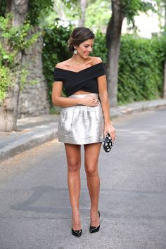 trendy_taste-look-outfit-street_style-blog-blogger-fashion_spain-moda_españa-saint_laurent-charol-crop_top-falda_plateada-silver_skirt-swarovski-wedding-boda-ocasiones_especiales-10