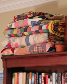 BOOKS TO READ AND QUILTS TO SNUGGLE WITH ON COLD WINTER NIGHTS LIFE IS GOOD!
