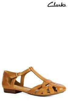 Clarks Henderson Tan T-Bar Sandals