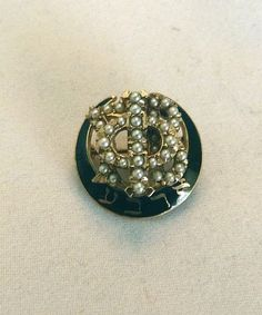 VINTAGE 1940 14K GOLD GAMMA PHI BETA BLACK ENAMEL PEARL SORORITY PIN BADGE!