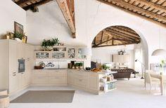 Cozinhas em madeira moderna e clássica