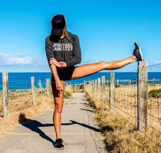 53 new Ideas sport oufits gym fitness inspiration Fitness Motivation, Fitness Goals, Workout Motivation Pictures, Fitness Inspiration, Looks Academia, Sport Outfit, Fitness Photoshoot, Body Fitness, Gym Fitness