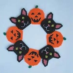 plastic canvas wreath patterns - Bing Images