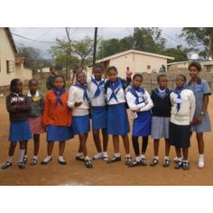 World Association of Girl Guides and Girl Scouts - Member Organizations Girl Scout Uniform, World Thinking Day, Girl Guides, Girl Scouts, Organizations, Brownies, Africa, Around The Worlds, People