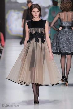Love everything about this LBD with sheer blush overskirt Elegant Dresses, Pretty Dresses, Beautiful Dresses, Vestidos Fashion, Fashion Dresses, Couture Fashion, Runway Fashion, Womens Fashion, Look Fashion