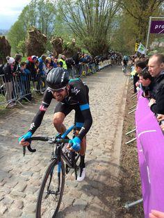 Wiggo en el muro de Koppenberg.  Tour de Flanders 2014. Foto de Jaime Swinfield.