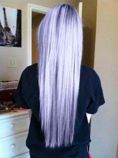 Pastel purple hair, long hair, colorful hair, silver hair.