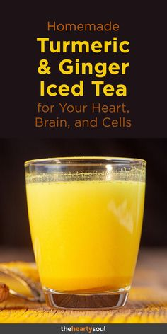 Homemade Turmeric & Ginger Iced Tea for Your Heart, Brain, and Cells You can support your heart, brain and each cell in your body with this delicious and refreshing beverage. Turmeric Drink, Turmeric Recipes, Tumeric Tea Recipe, Ginger Iced Tea Recipe, Turmeric Detox, Turmeric Health, Organic Turmeric, Turmeric Curcumin, Iced Tea Recipes