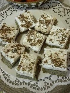 A mákos süteményekkel egyszerűen nem lehet melléfogni, ezt az édes finomságot csak szeretni lehet Krispie Treats, Rice Krispies, Cake Cookies, Feta, Poppy, Food And Drink, Sweets, Cheese, Recipes