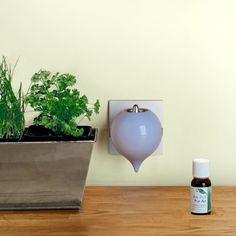 Pluglia electronic essential oils diffuser by Ova Design http://fabricant-diffuseurs.com