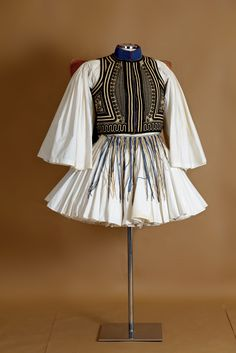 """""""Evzonas"""" with fustanella. Greek Traditional Dress, Traditional Outfits, Folk Clothing, Historical Clothing, Ancient Greek Costumes, Ancient Greek Clothing, Greek Soldier, Greek Men, Man Skirt"""