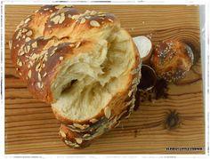 Elpida's Little Corner! Greek Sweets, Greek Desserts, My Favorite Food, Favorite Recipes, Greek Cooking, Pitta, Holiday Baking, Baked Potato, Banana Bread