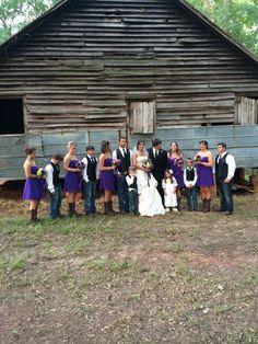 Thistlewood Farms Byron Ga outside wedding venue Thistlewood Farms, Outside Wedding, The Outsiders, Wedding Venues, Dresses, Fashion, Wedding Reception Venues, Vestidos, Moda