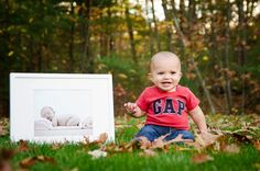 Creative idea for a 1 year old picture using a new born picture.  Photo Galleries - Carlo Vivenzio Photography