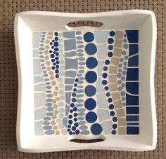 Mosaic tray by LesMosaiquesDeParis on Etsy Mosaic Crafts, Mosaic Projects, Mosaic Ideas, Mosaic Tray, Pebble Mosaic, Mosaic Designs, Mosaic Patterns, Pattern Art, Mosaic Artwork