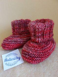 motaničky: pletené papučky na dvoch ihliciach