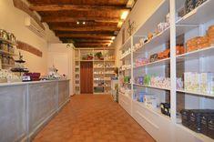 Bologna, Home Decor, Step By Step, Dyes, Neutral, Decoration Home, Room Decor, Home Interior Design, Home Decoration