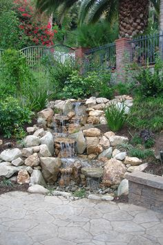 If you are working with the best backyard pool landscaping ideas there are lot of choices. You need to look into your budget for backyard landscaping ideas Small Water Features, Outdoor Water Features, Water Features In The Garden, Waterfall Landscaping, Garden Waterfall, Backyard Landscaping, Landscaping Ideas, Backyard Water Feature, Ponds Backyard