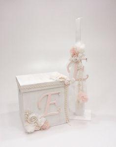 βαπτιστικό κουτί με μονόγραμμα και λαμπάδα