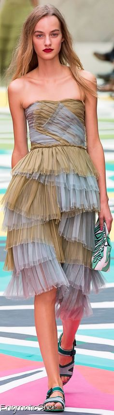 Burberry Prorsum Spring Summer 2015 Ready-To-Wear