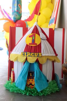 Piñata en forma de Circo!!! Realizada por Big Party!!!