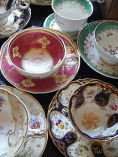 Victorian Cups by Vintage Tea Sets
