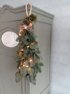 Christmas Greenery, Christmas Arrangements, Christmas Swags, Christmas Makes, Outdoor Christmas, Christmas Home, Christmas Crafts, Christmas Decorations, Xmas