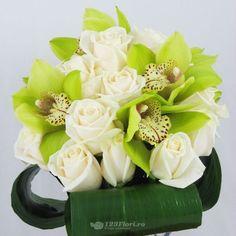 Buchet de mireasa doar la 123flori Nasa, Bouquets, Table Decorations, Bouquet, Bouquet Of Flowers, Dinner Table Decorations